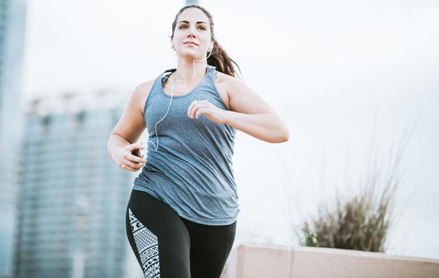 Muun muassa juoksu on urheilulaji, jonka aikuinen voi aloittaa helposti.