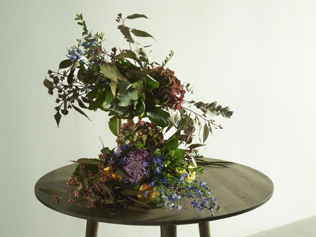 Kukkia &tradtionin maljakossa