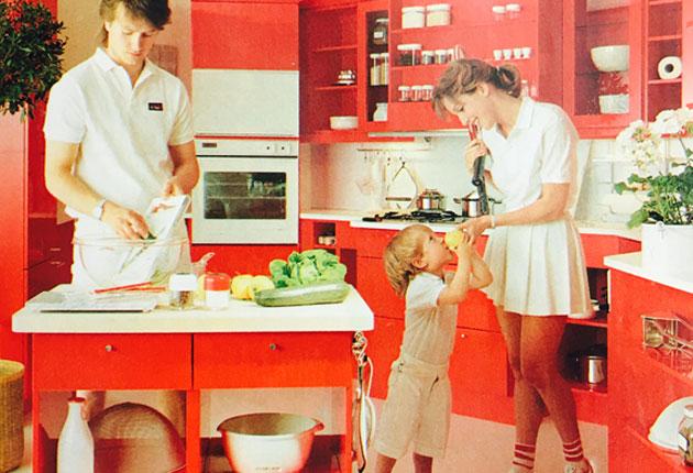 Punainen hallitsi keittiön värejä 80-luvulla.