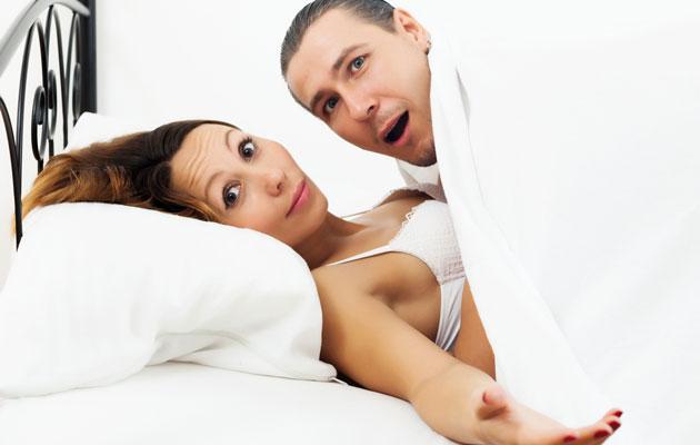 Seksistä puhuminen voi olla vaikeaa.