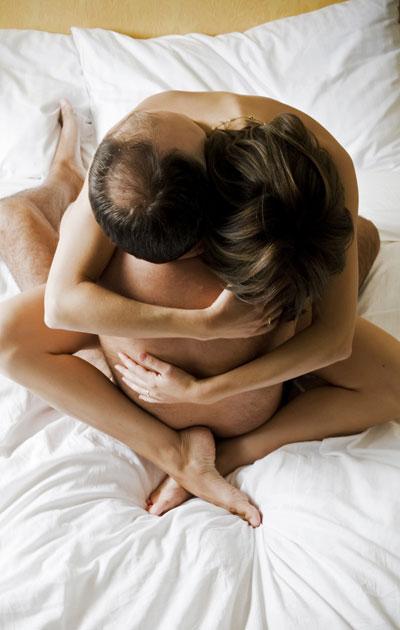 Seksi kuuluu parisuhteeseen.