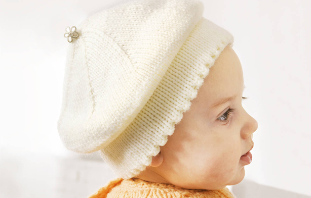 valkoinen baskeri vauvalle