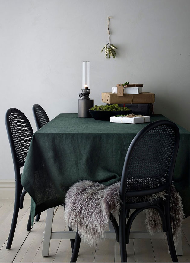 vihreä pöytäliina