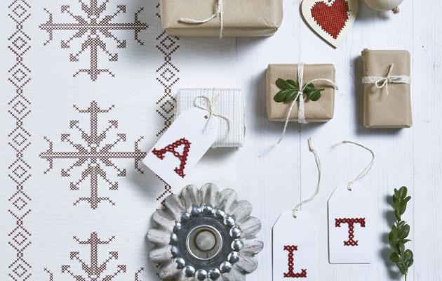 Joulukortti runon kera lämmittää mielen.