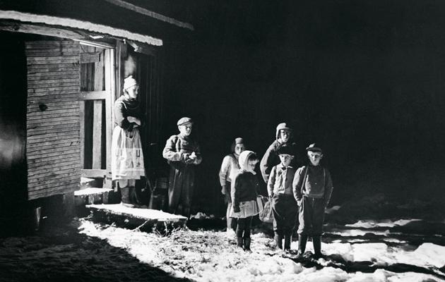Kotilieden Kummikerhon historia