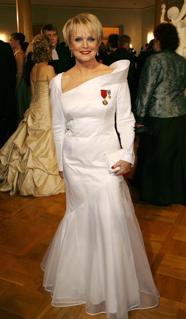 Katri Helena Linnan juhlissa 2007.