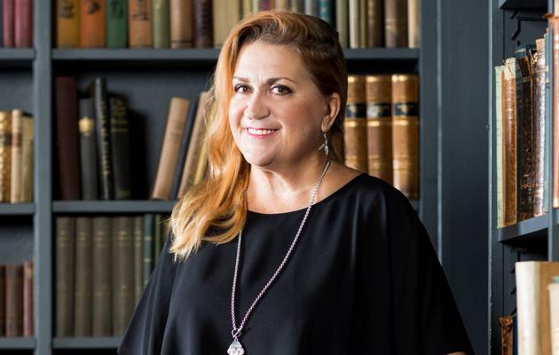 Anja Snellman kohtasi yliopistossa kaksinaismoralismia ja seksuaalista häirintää.