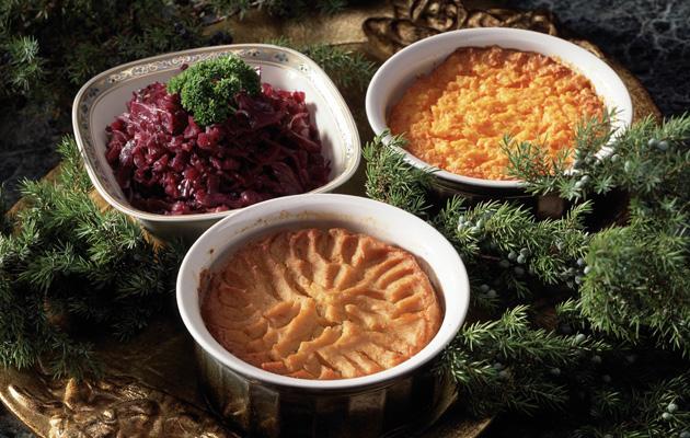 Kaupan valmislaatikot ovat hyvä vaihtoehto joulupöytään.