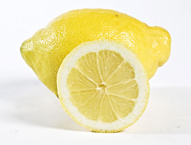 Kuva - Maailman helpoin jälkiruoka? Lemon posset -vanukas syntyy vain kolmesta raaka-aineesta
