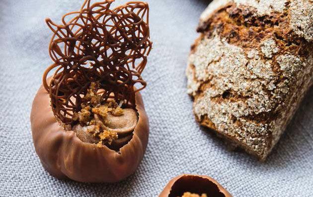 Rukiinen pähkinä-kermasuklaa