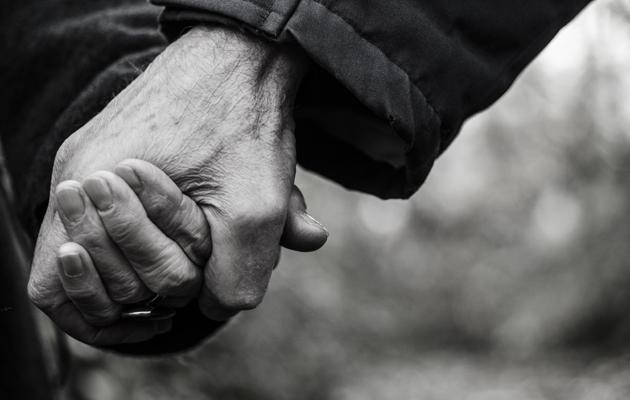Kuva - Omaishoitajien vaiettu ongelma: Marjatta meni tukiryhmään, jotta ei löisi miestään