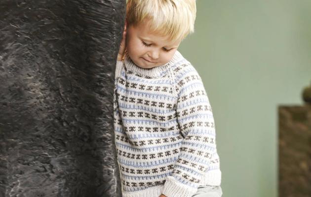 Lapsen kirjoneulepusero