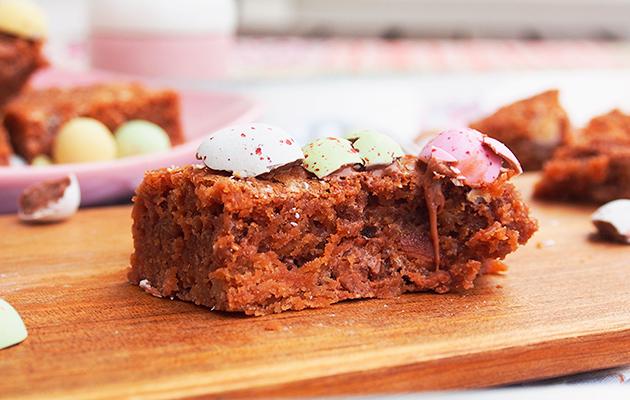 brownie, pääsiäinen, pääsiäismuna, leivonta