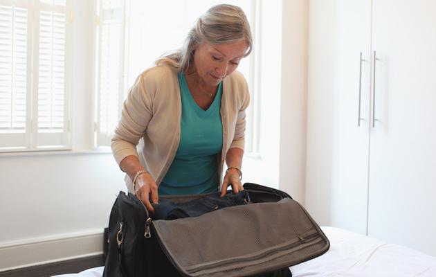 Yksin matkustavan naisen täytyy pitää huolta turvallisuudestaan.