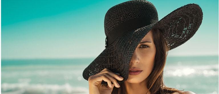 Hattu suojaa auringolta