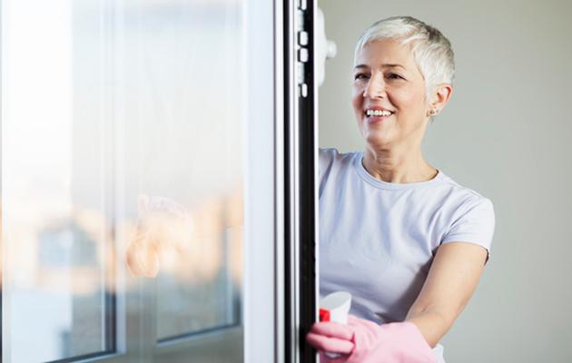 Ikkunoiden pesu sujuu, kun noudatat hyviä ohjeita.