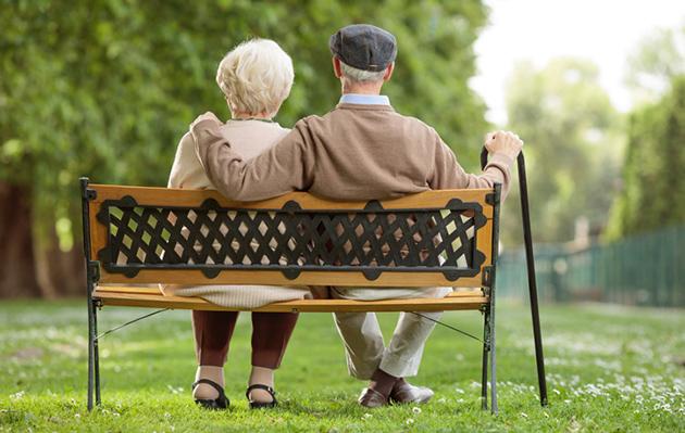 runo, runous, runot vanhuudesta, runoja vanhuudesta, vanhuus, ikääntyminen, mummi, pappa, isovanhemmat, runoja isovanhemmista