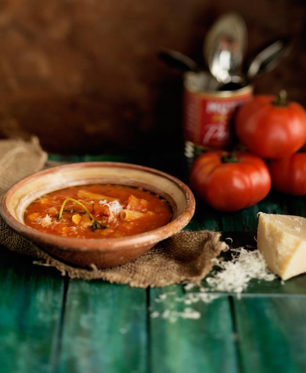 tomaatti-pastakeitto
