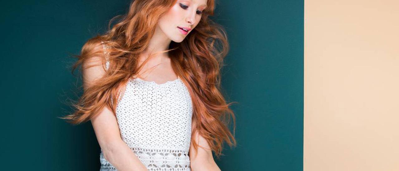 Kuva - Virkkaa kesän juhliin valkoinen mekko kauniilla vyötärökaitaleella