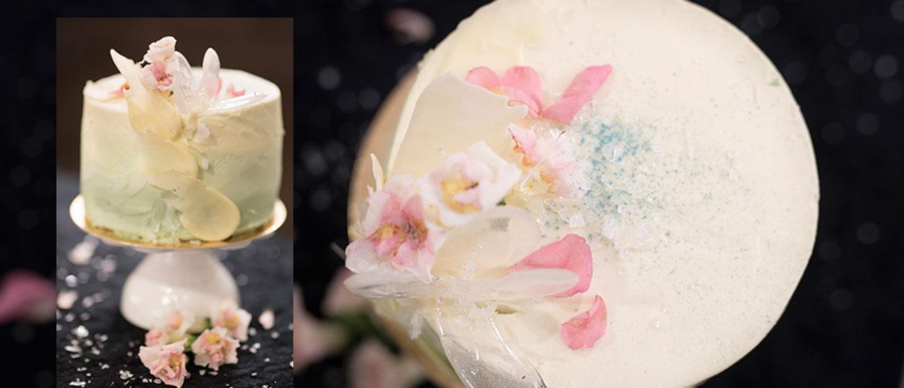"""Kuva - Kondiittorin vinkit täydelliseen kakun kuorrutukseen: """"Pysyy tyylikkäänä myös lämpimällä!"""""""