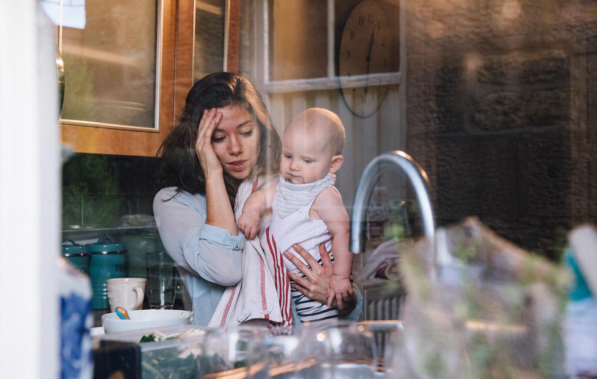 äidit oppivat lapsiltaan, lasten oppeja äideille, äiti, vanhemmuus, äitiys, suorittaminen, itsemyötätunto