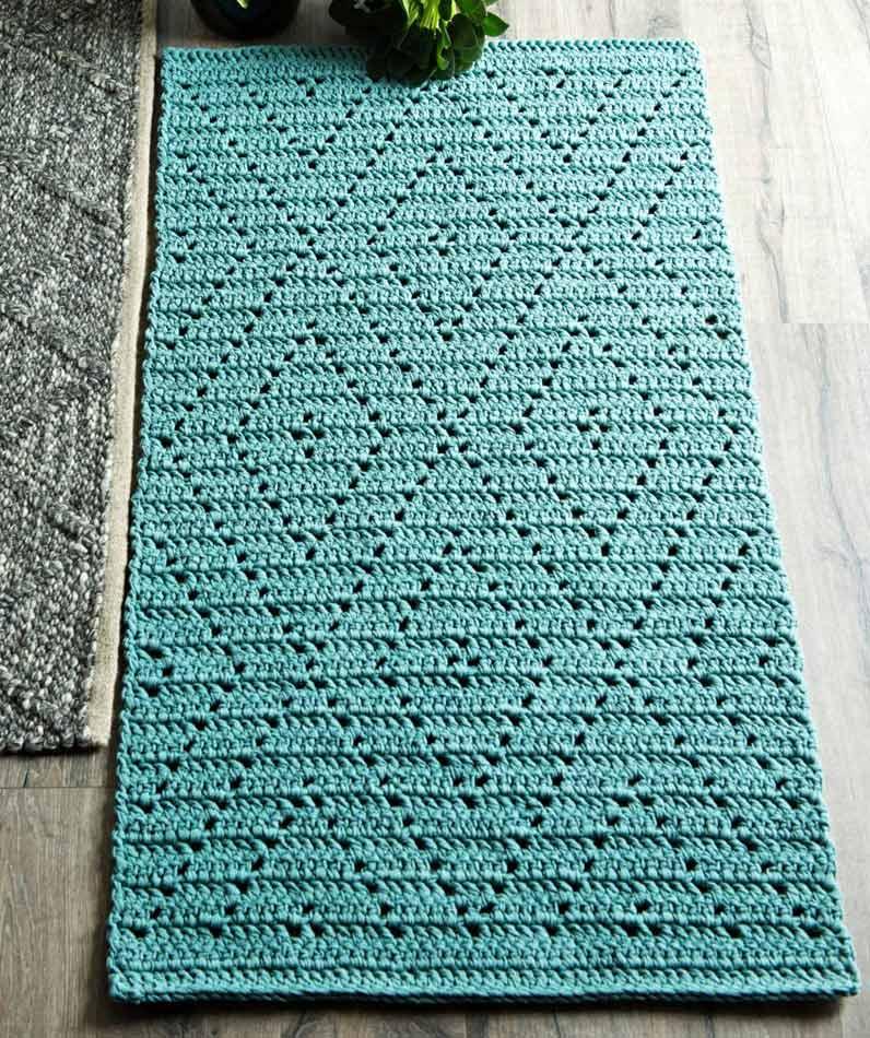 Virkattu sinivihreä matto