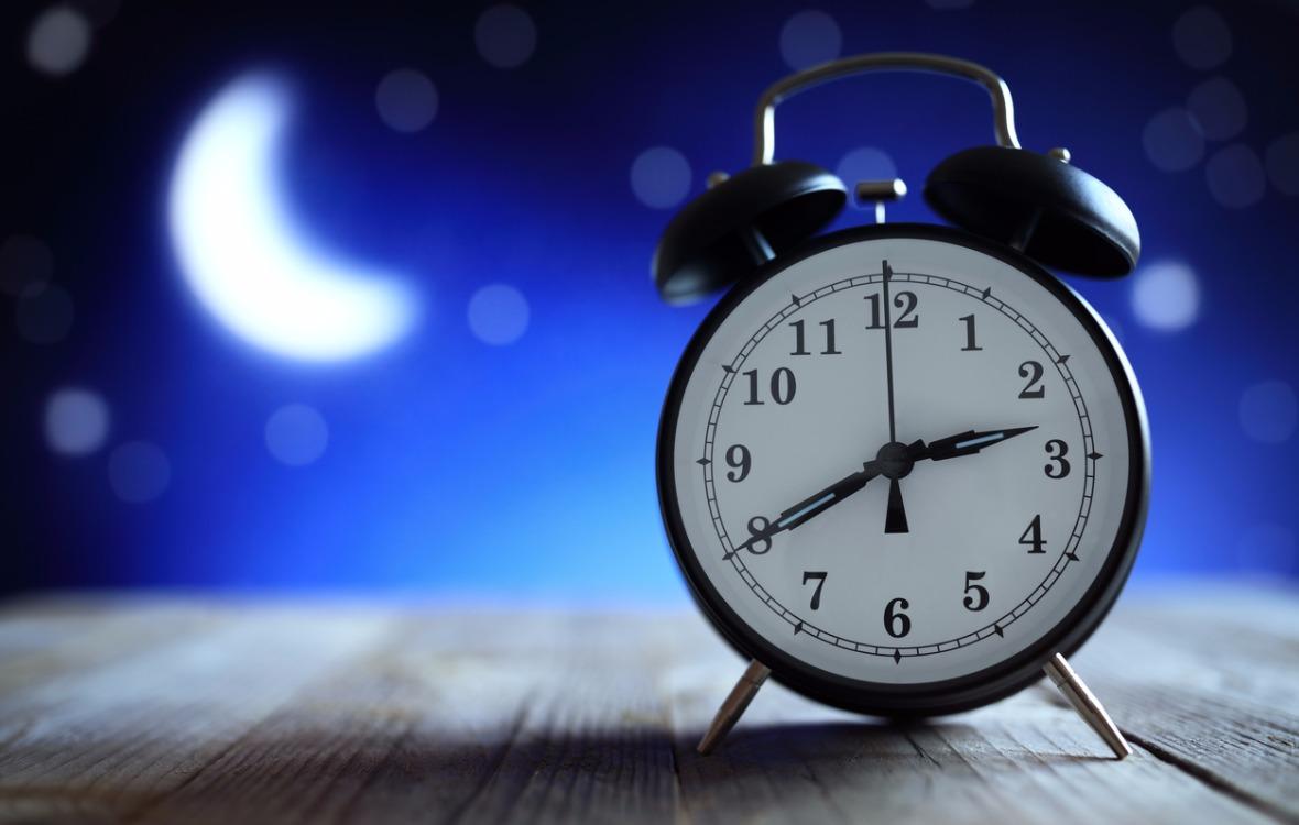Unien tulkinta voi saada hymyn huulille, vaikka unessa tarkkailisi kelloa.