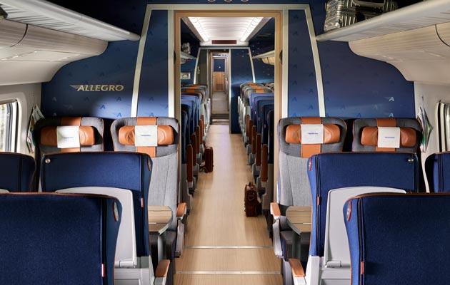 Allegro-junan vaunuosasto on samaan aikaan moderni ja ihanan retro.