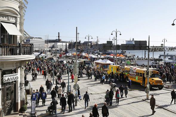 Tuhannet ihmiset halusivat päästä maistamaan katuruokaa viime vuonna, kuva: Maarit Kytharju/Streat Helsinki, copyright: Maarit Kytharju/Streat Helsinki