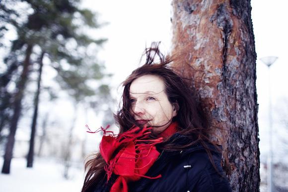 Johanna Vuoksenmaa Pispalassa, kuva:Sara Pihlaja, copyright:Otavamedia