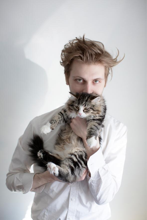 Liukkonen siperainkissan kanssa, kuva: Aki Roukala