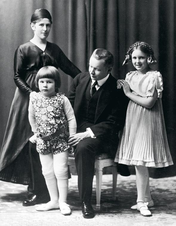 Eliel Saarinen perheineen