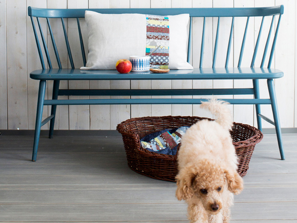 Kuva - Ompele tyynynpäälliset sohvalle