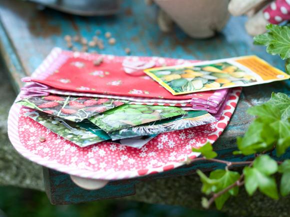 Kuva - Ompele siementasku puutarhurille
