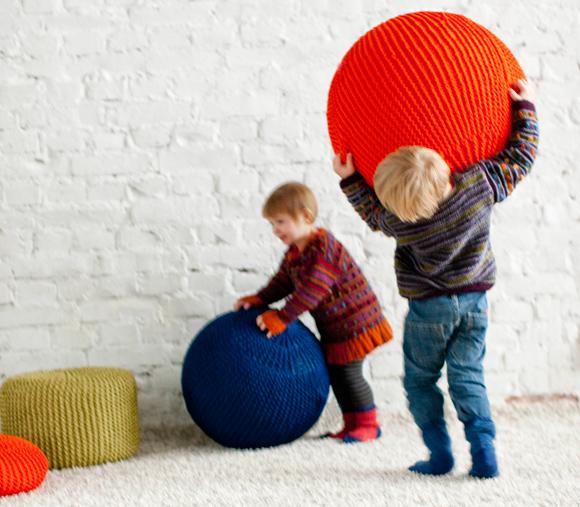 Kuva - Neulo jumppapallon päällinen