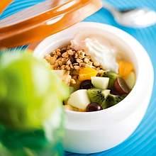Rahka-hedelmäsalaatti