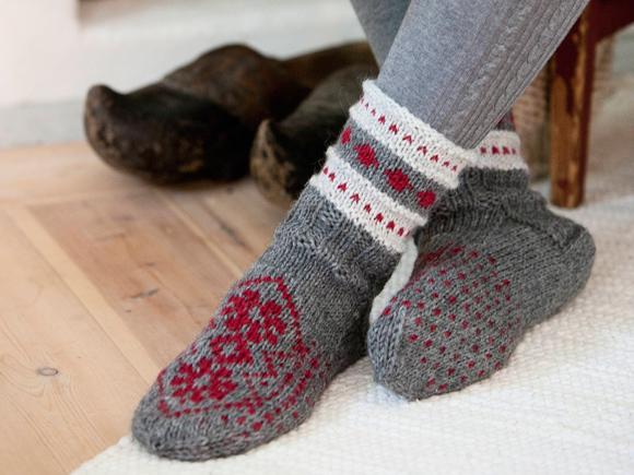 Kuva - Neulo joululahjaksi villasukat