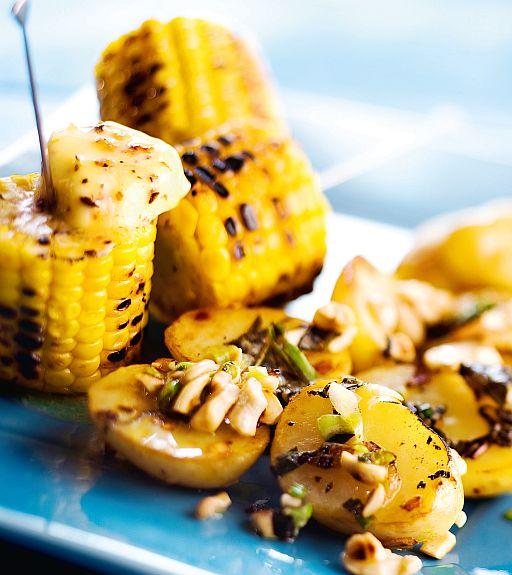 Kuva - Maissitikut chilivoilla