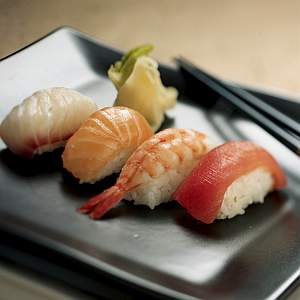 sushi_sashimilohi