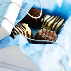 Kolmen suklaan keksilajitelma