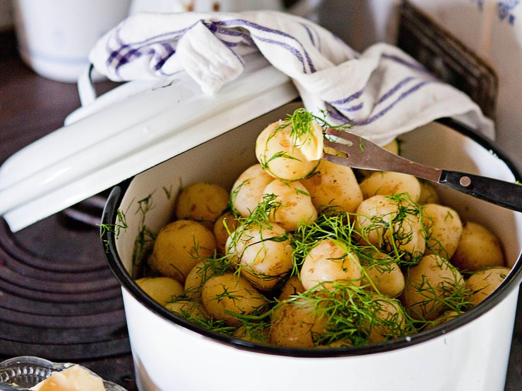 Pakasta uudet perunat joulupöytään