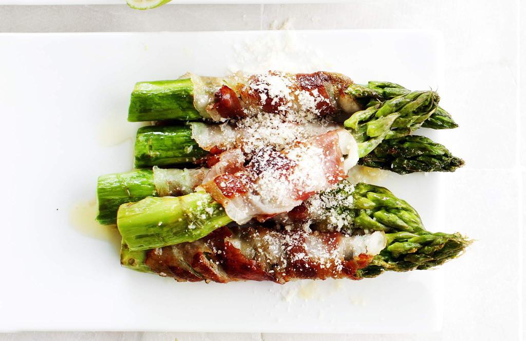 Pekoni grillissä: pancettaparsaa