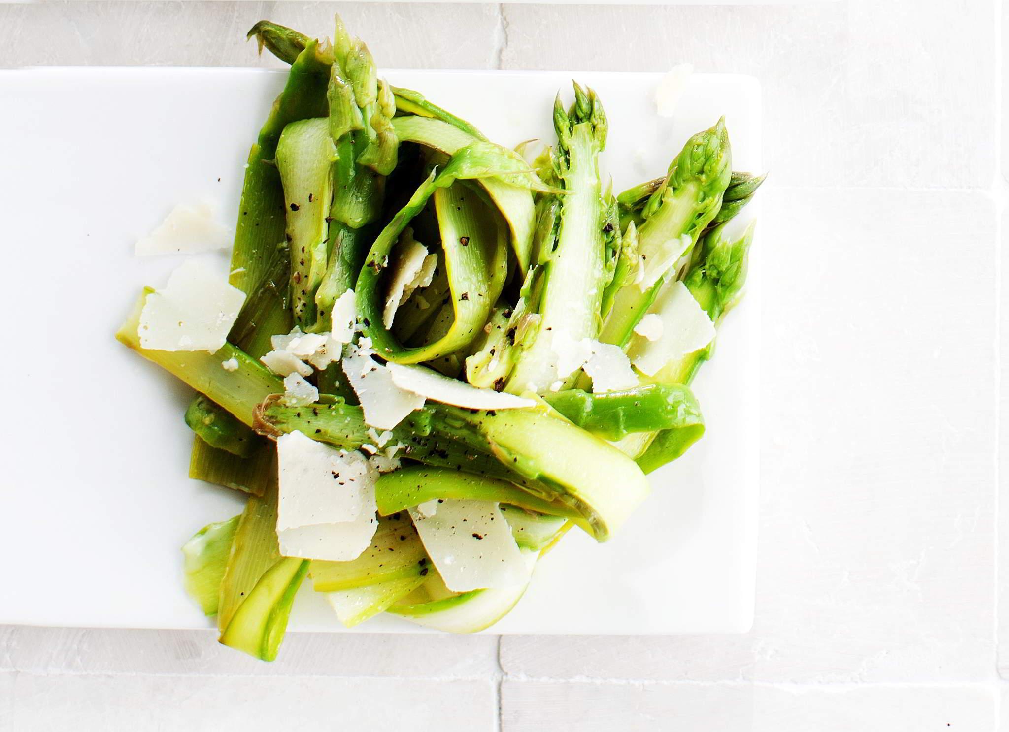 parsa-pecorinosalaatti