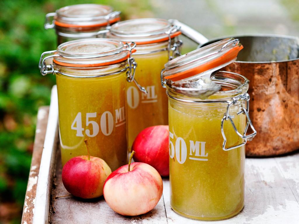 Omenaherkut kuuluvat syksyyn.