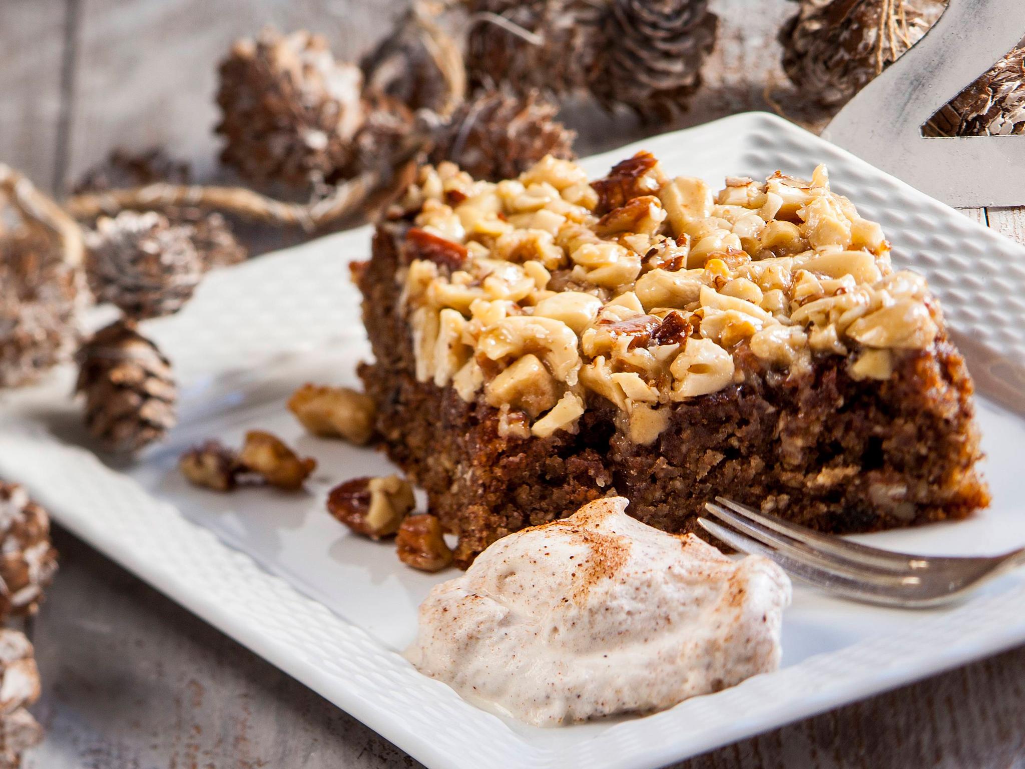 jauhoton pähkinäkakku