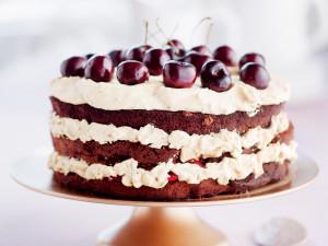 suklaa-kirsikkakakku nakukakku naked cake