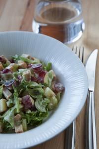 kana-waldorfinsalaatti